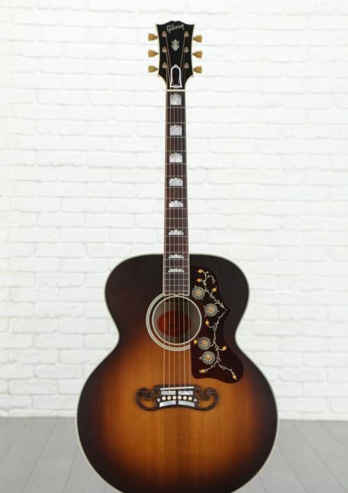 Gibson Acoustic SJ-200