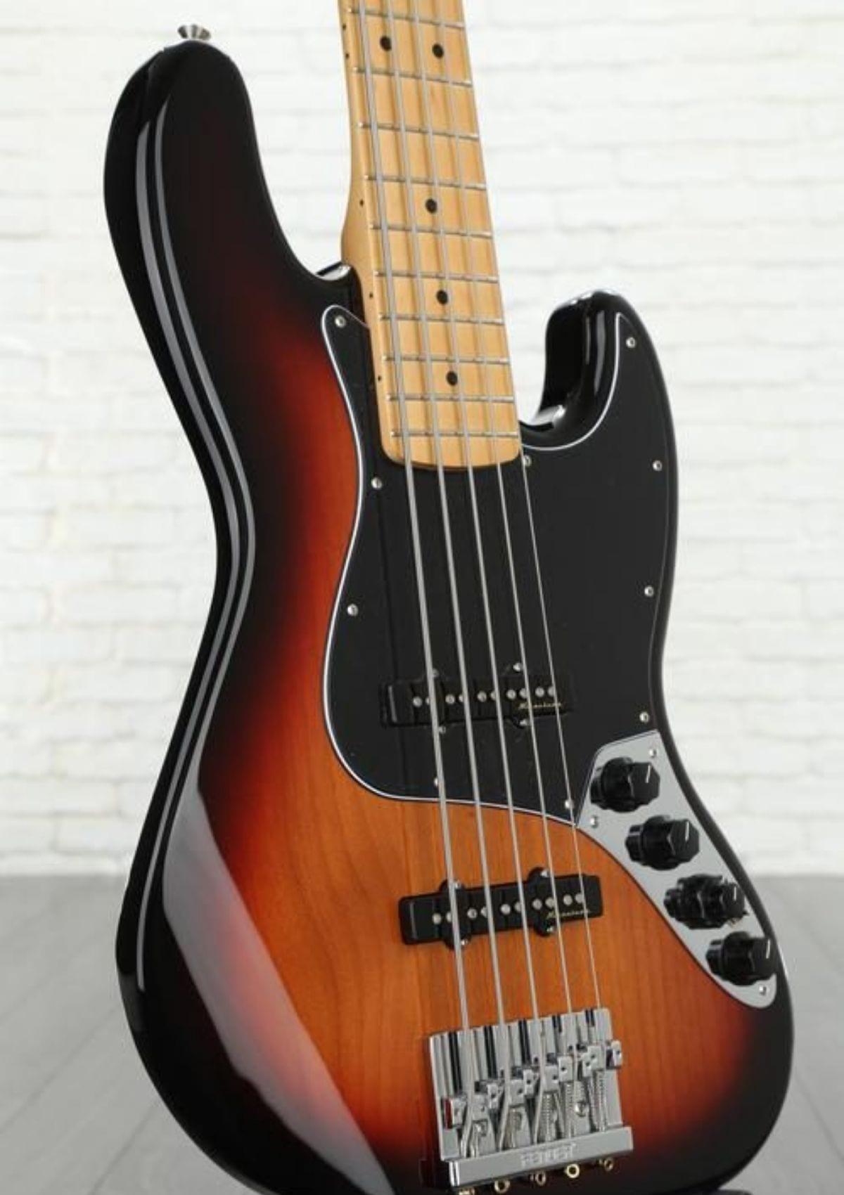 Fender Deluxe Active J Bass V